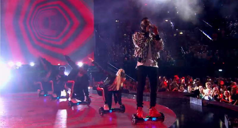 derulo-performing